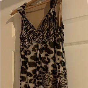 Sleeveless animal & flower print lined top size 4